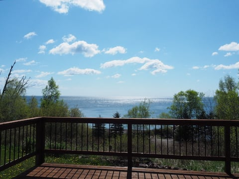 Winter Getaway with Lake Superior Views and Wi-Fi