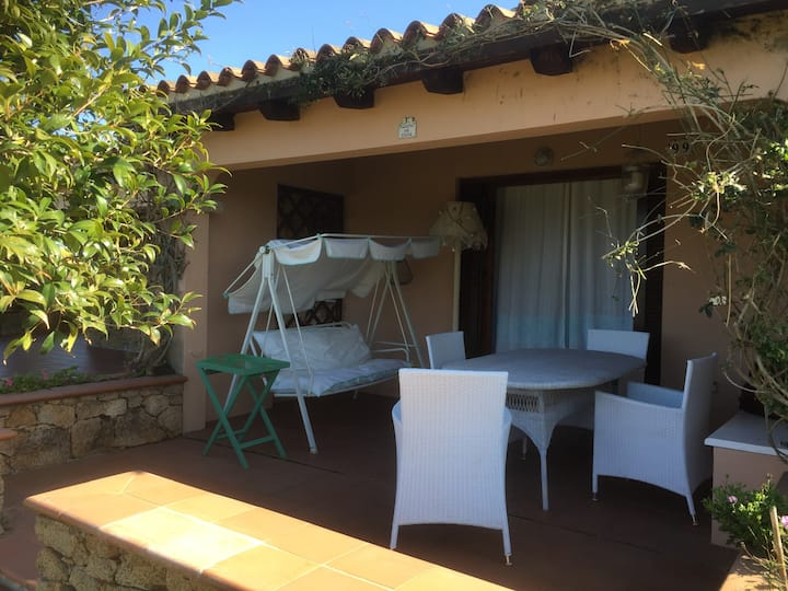 the village isuledda no. 99 ,120 m from the sea, one room apartment ,direct access to the beach