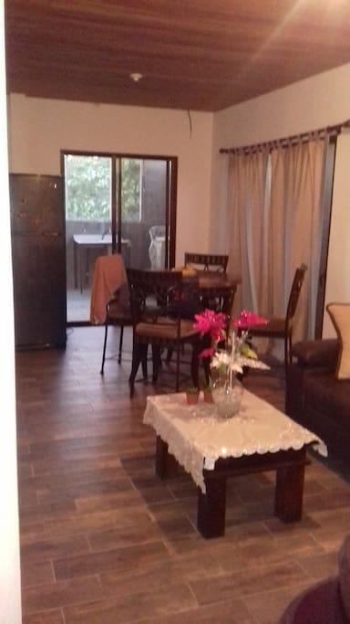 Sala, comedor, cocina