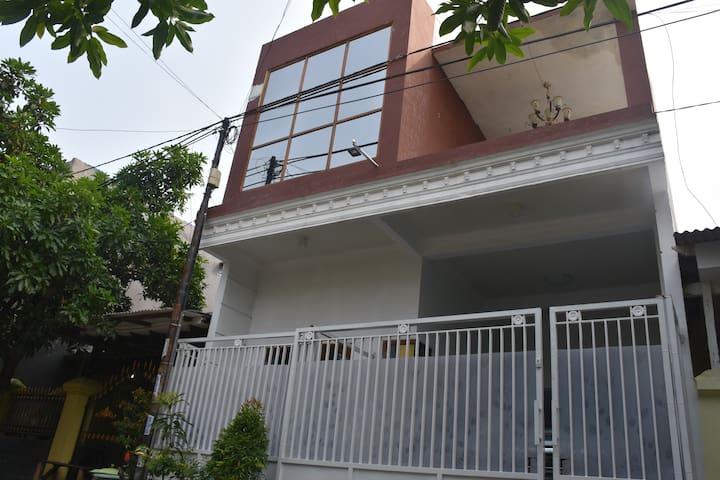 Beny Benol Sweet House - Kecamatan Sidoarjo