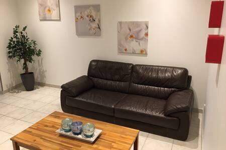 Appartement neuf et au calme, A43 ,A48 à 5 minutes