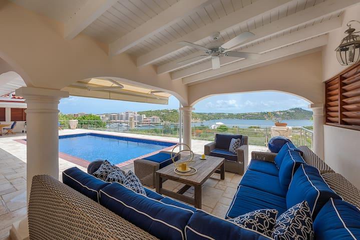 3 bedrooms - amazing lagoon view villa - Lowlands - House