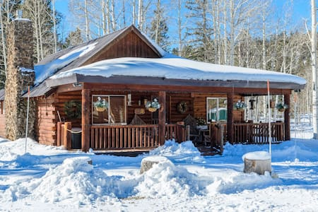 Lakehouse - sleeps 10 - Duck Creek Village - Kisház