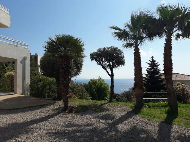 Beau T2 sur les hauteurs de Bastia