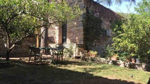 Garden house in antiquity