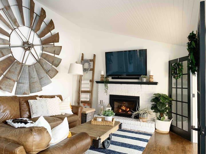 Beautifully updated home near Lake Minnetonka!