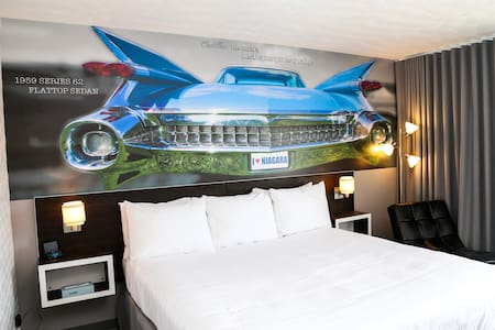 Cadillac 1 King Bed (A) - Other