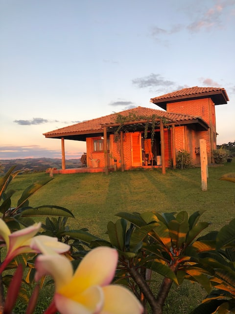 Casa na Montanha privativa com Vista Espetacular !