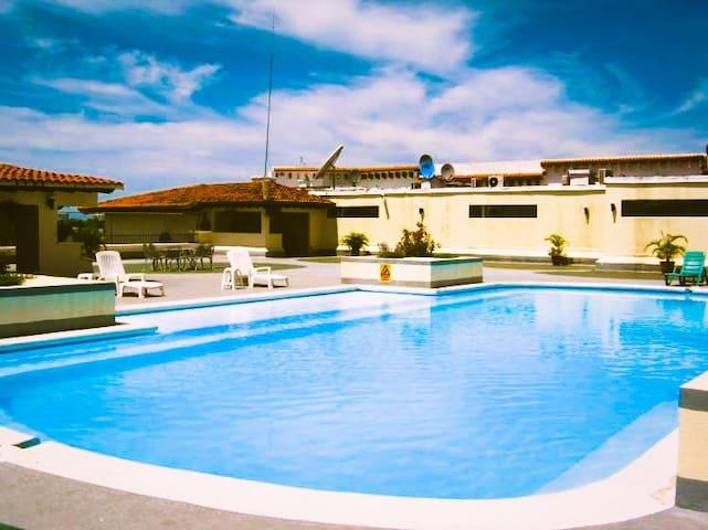 NICE APARTMENT 3 BEDS / 3 BATHS AT PLAZA MARINA
