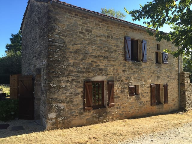 Cosy Gite  in fantastic village - Saint-Antonin-Noble-Val - Rumah