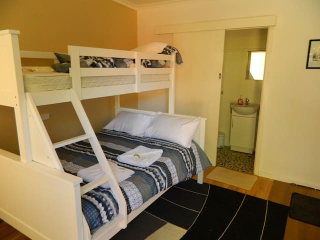 Double Bed plus a upper single bed