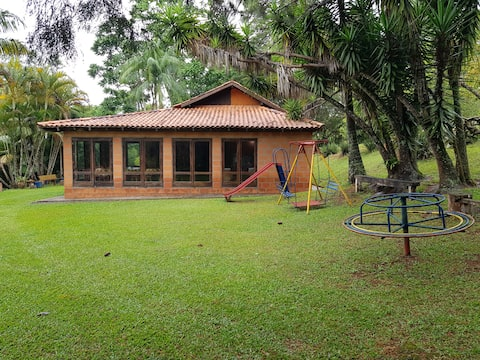 Casa de Campo Rustica - São Roque - WI-FI  Ótimo
