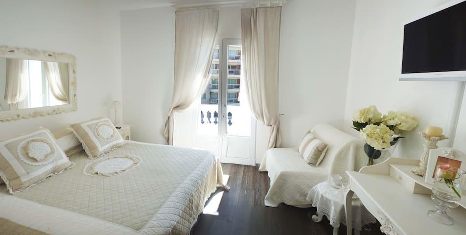Ch 1 super villa proche Croisette terrasse piscine - Cannes - Huis