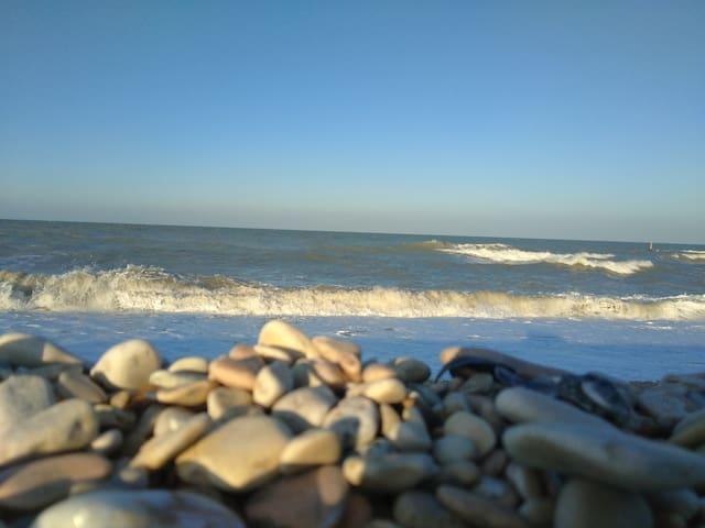A 2 passi dal mare...