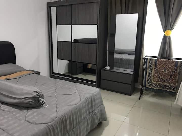 Cozy KLIA Transit/Holiday Condo in Sepang, 7 beds