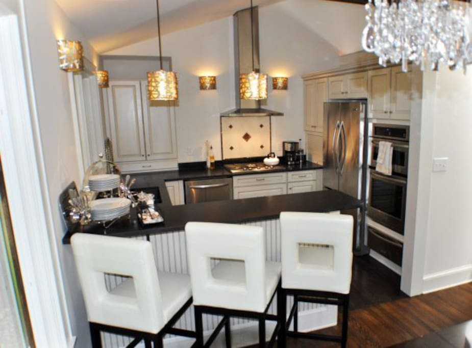 Luxurious, glamorous fully-equipped kitchen, perfect for entertaining.