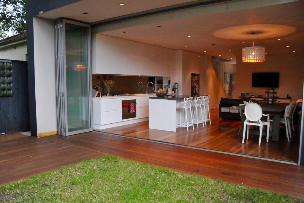 Open plan indoor/outdoor living, dining and entertainment area