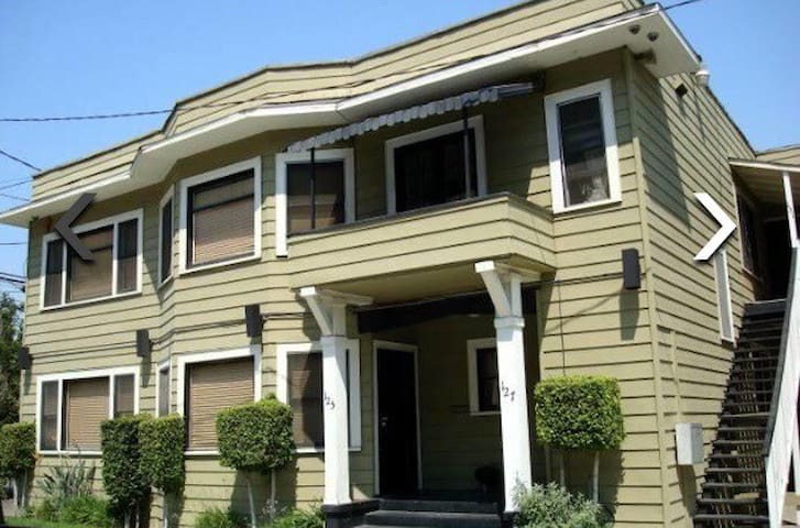 Lovely 1200sqft home downtown LB - Long Beach - House