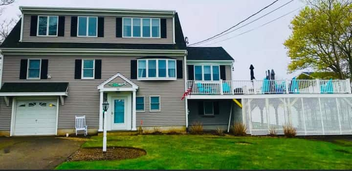 32 Tupper Ave - Large Newer Beach Home
