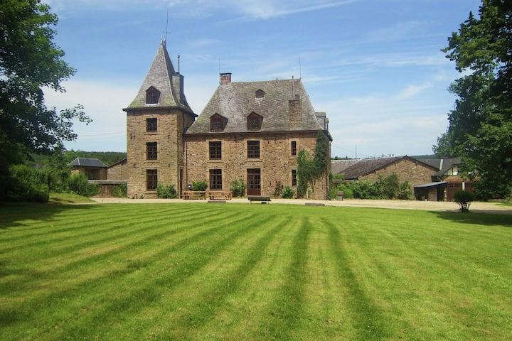 Luxurious Castle with Private Pool and Sauna in Ardennes