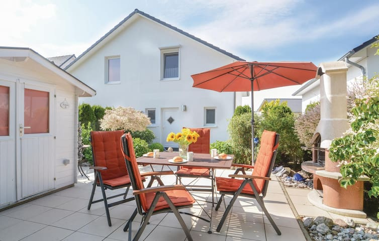 Semi-Detached with 2 bedrooms on 70 m² in Süssau/Ostsee