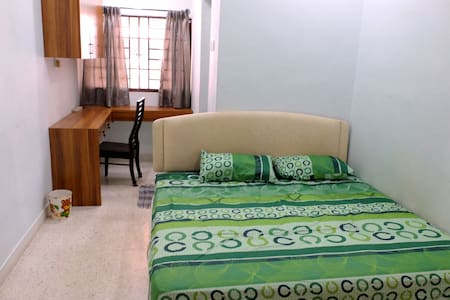 Penang FTZ, SPICE, Queensbay Landed Homestay - Bayan Lepas