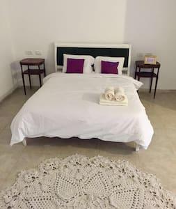 Shamaka's - כפר חנניה - Apartamento