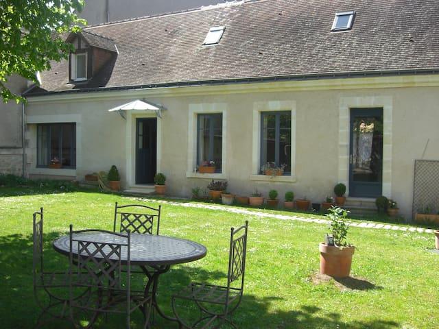 Maison de charme au cœur des châteaux de La Loire - Montlouis-sur-Loire - House