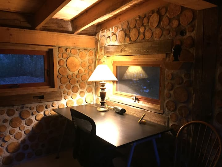 Writer's cabin at Crazy Rooster Farm