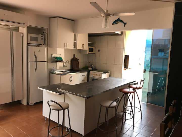 Ótimo Apartamento a 50m da Praia Itapema