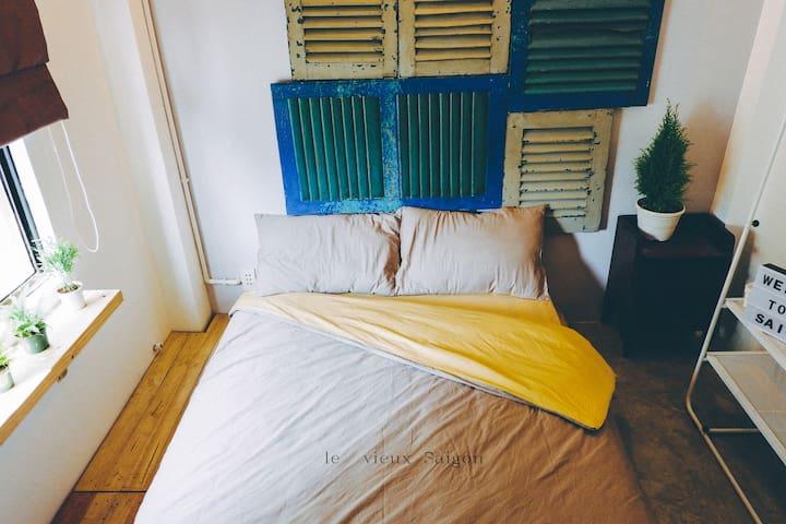Le vieux Saigon - a small and cozy single room