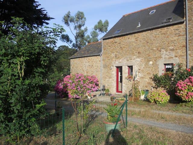 Charmante maison au calme proche de la plage - Saint-Lunaire - Haus