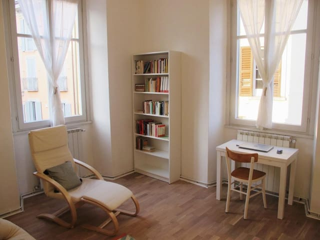Apartment in the historic centre - Intra - Appartement