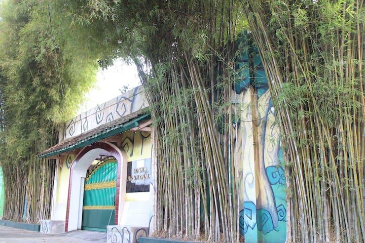 Arumdhalu Guesthouse