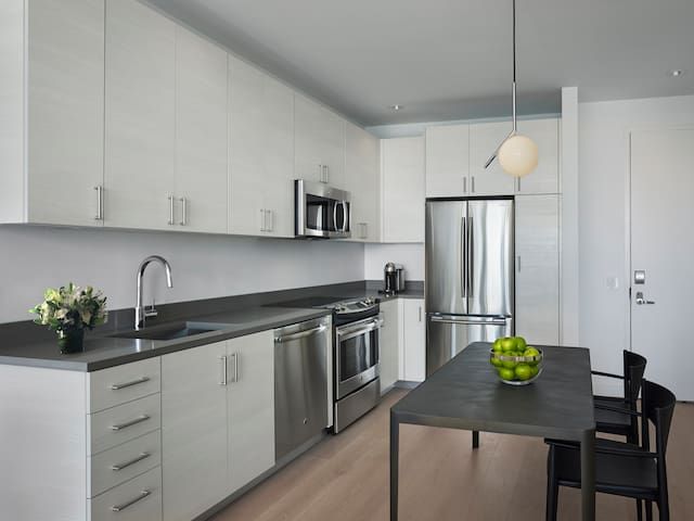 Studio Penthouse Suites