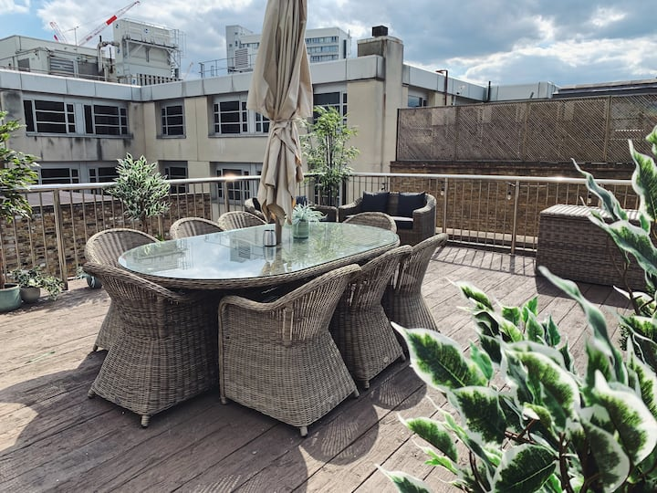 Epic Loft apartment with roof terrace in the heart of Shoreditch