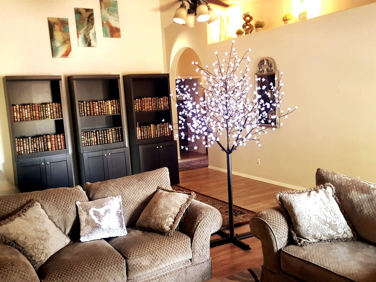 Sitting room facing Sedona. Distant Red Rock views. Tree of Light, at night, is something to behold. Even has a twinkle setting.