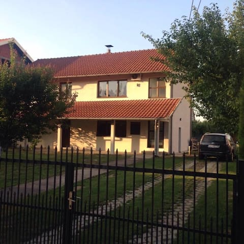 Entire House in Belgrade,  Out of city noise