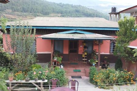 Riverside Cottage, Dopshari Paro