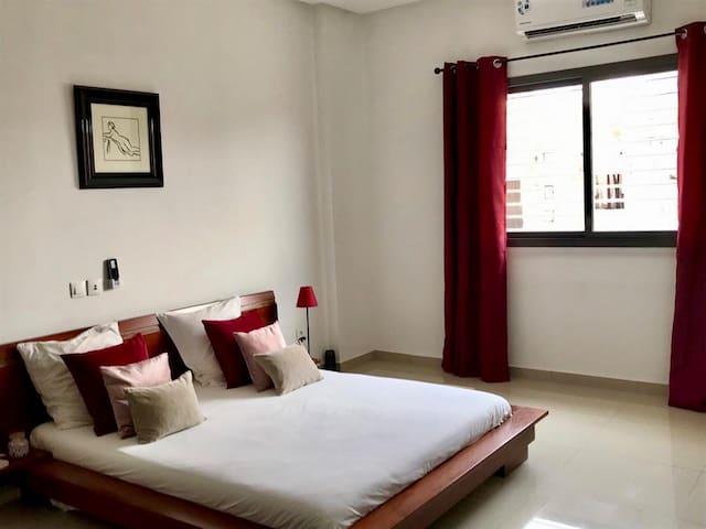 Chambre privée dans bel appartement