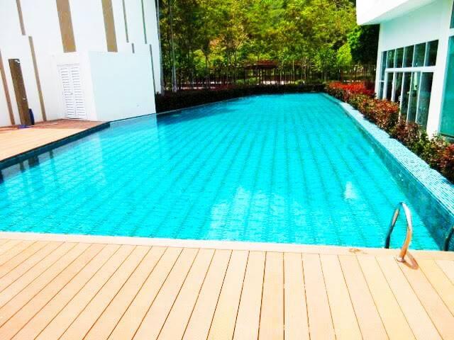 Ferringhi, Penang: Relax in Style - Batu Feringghi - Apartment