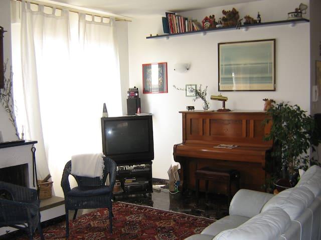 CHIARA 4, luminoso, ampio appartamento 6+1 posti - Pádua - Apartamento