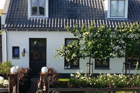 Binnen bij 3 , landhuis aan strand - Wemeldinge - Casa