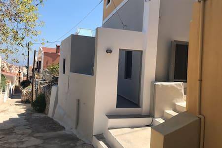 Evi Apartment