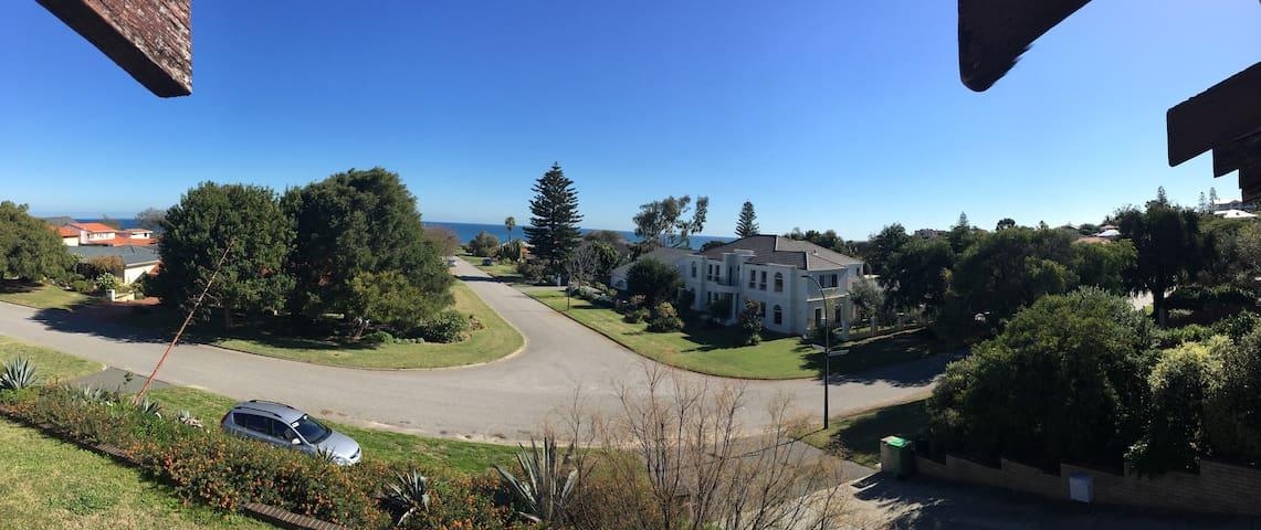 Ocean Views Home with All inclusive-City Beach***