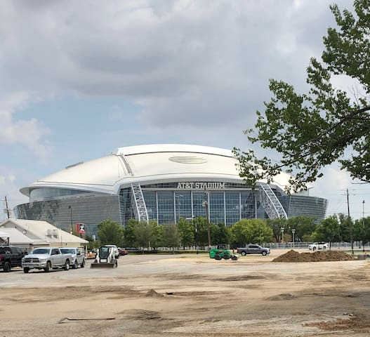 Cowboy Stadium in your backyard!!!