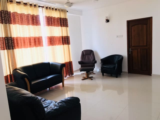3 Bed Room Whole Unit [2A]