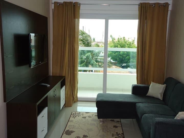 Apartamento em Ponta Negra, já mobiliado.