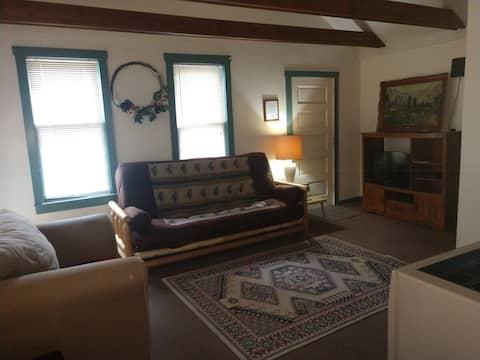 Cabin A 2bedroom Pet friendly Cabin Hatfield Wi