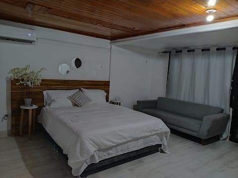 Suite independiente, diseño iluminado y moderno